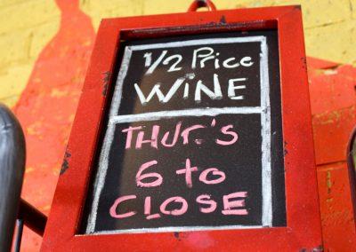 wine-sign_2781